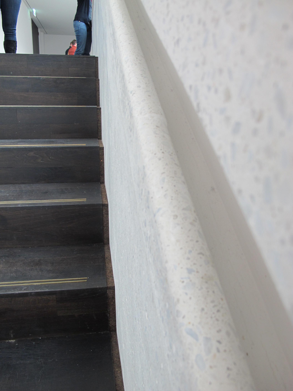 Ein gelungenes Detail - der Handlauf des Treppenaufgangs