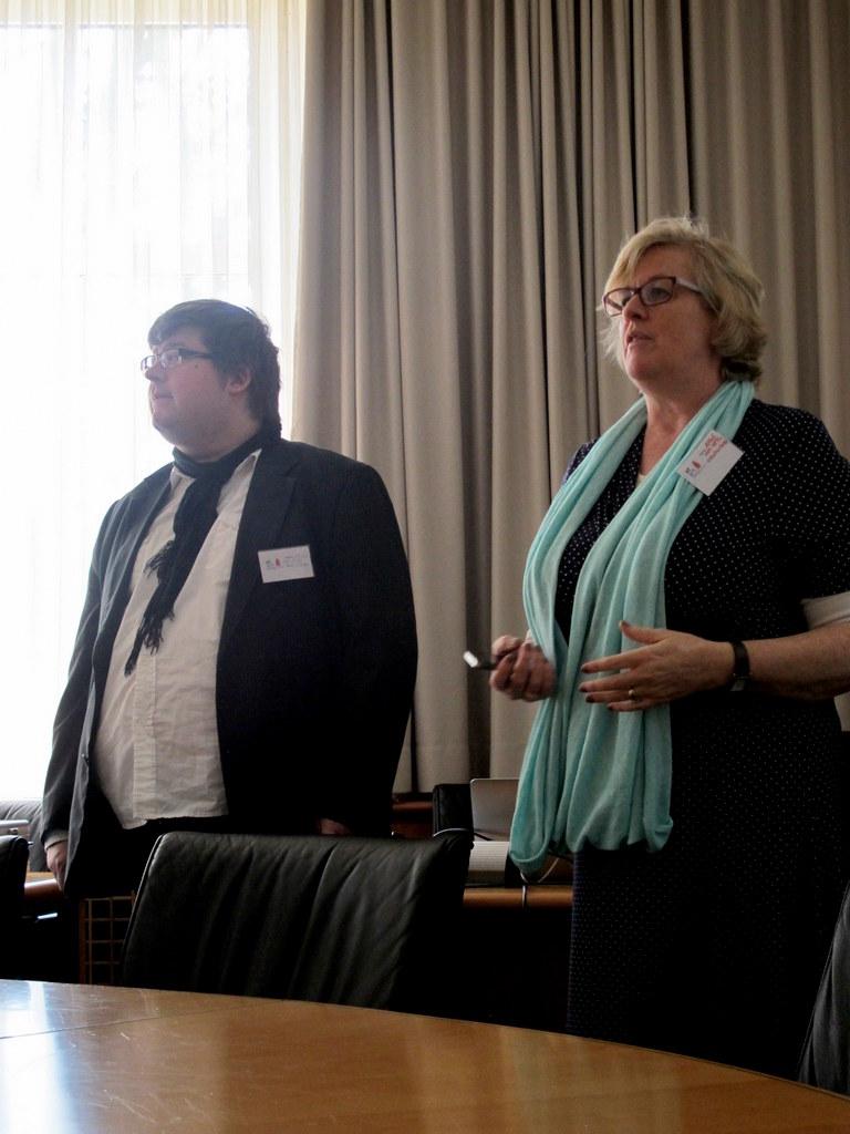 Anke von Heyl und Christian Spliess - Social Impact entfachte gleich zu Beginn eine lebhafte Diskussion.
