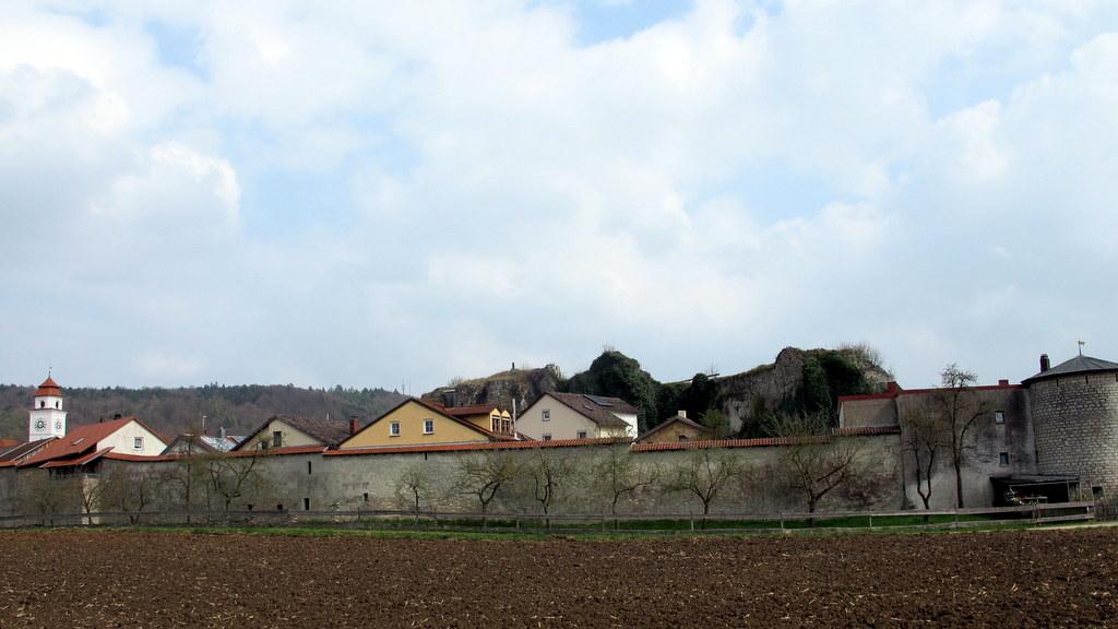Dollnstein - das Etappenziel vor Augen, immer wieder ein schönes Gefühl!