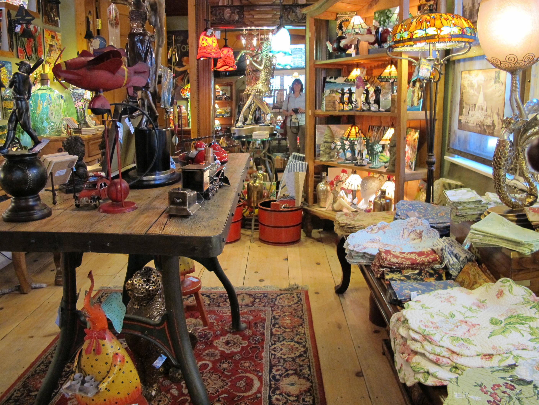 Ausflug nach Lake Geneva, wo sich viele kleine Kruschtel-Läden finden