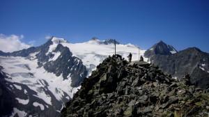 Gipfelblick Großer Trögler mit Zurckerhütl und Wilder Pfaff