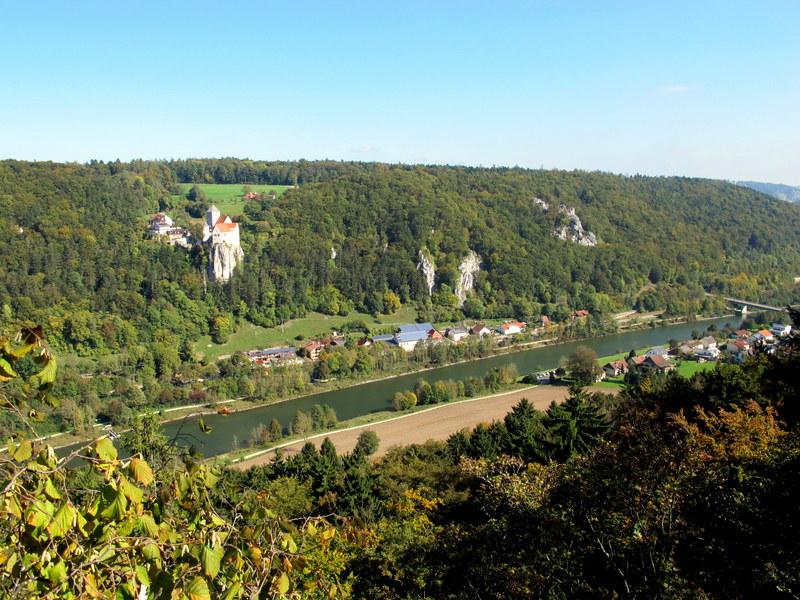 Blick auf Prunn mit Burg