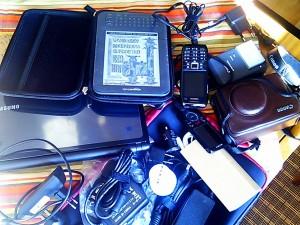 Heute landet ziemlich viel elektronisches Equipment im Gepäck - Ausstattung für drei Monate quer durch die USA 2011