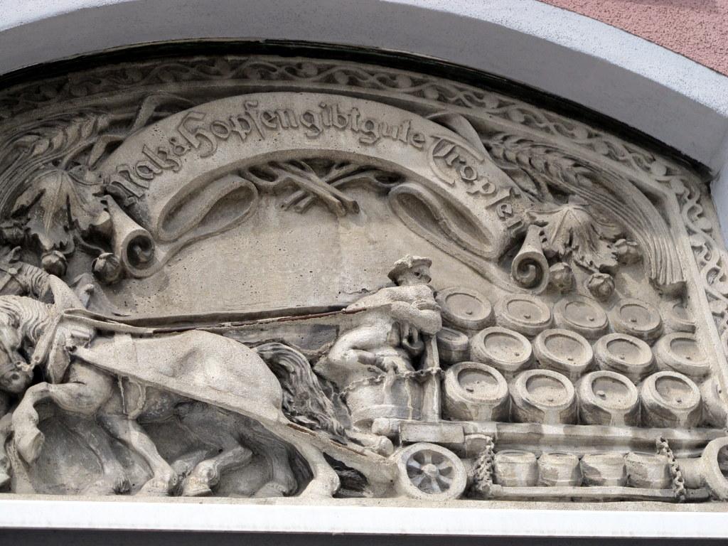 Relief in der Jakoberstraße