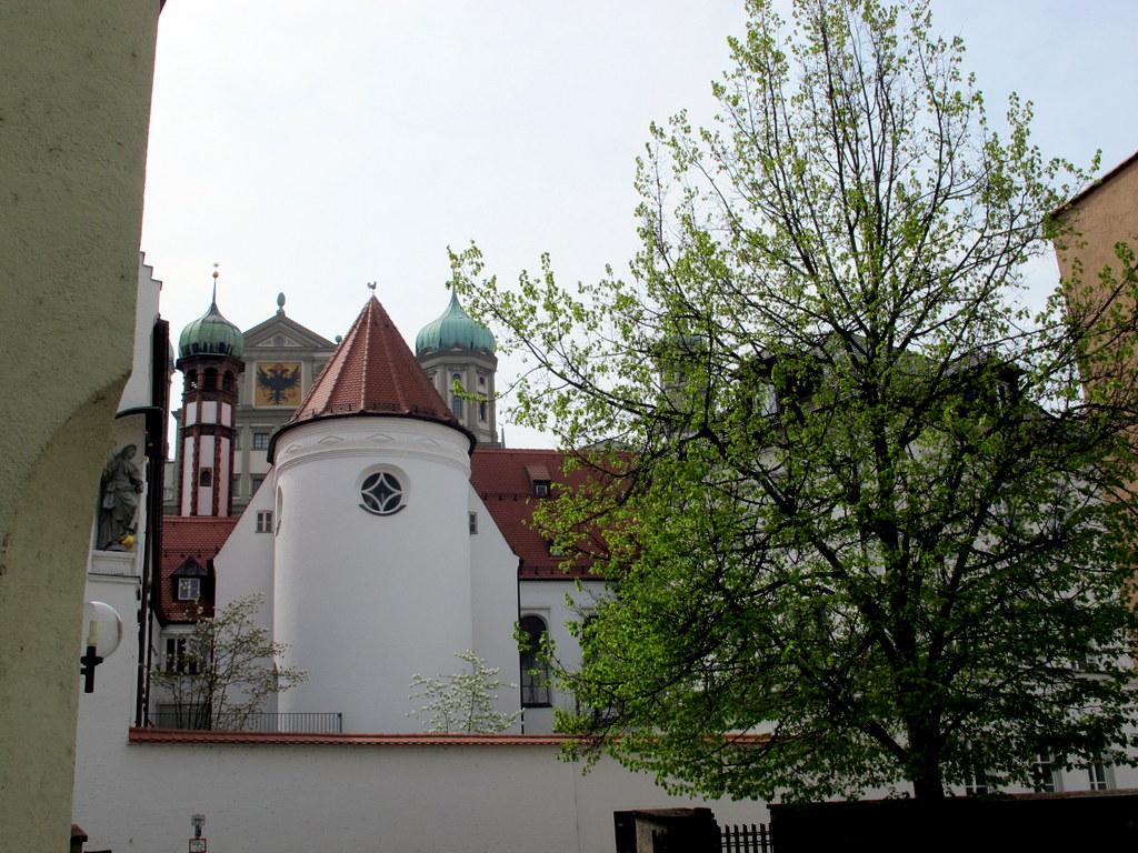 Rathaus und Perlach von 'unten'