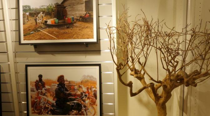 Marcel Krammer: Fotos aus Kamerun in der Schlosser'schen Buchhandlung Augsburg