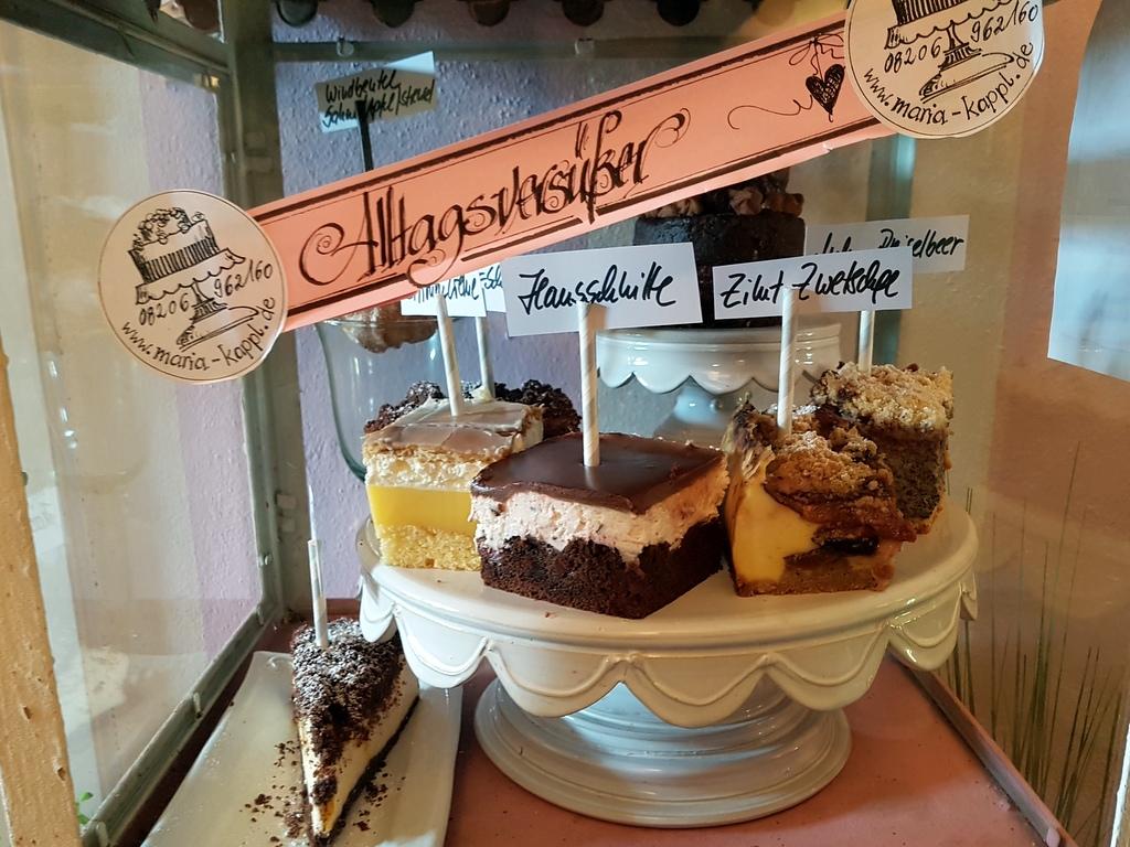 Kuchen im Cafe Streuselkuchen