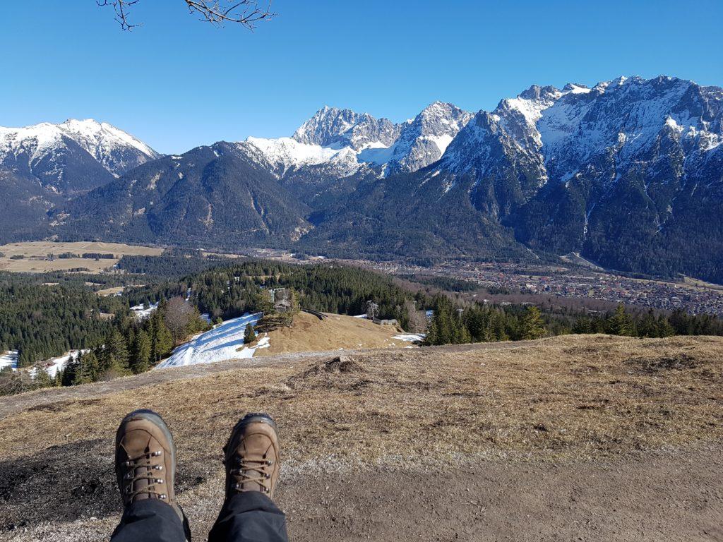 Auf dem Gipfel des Hohen Kranzberg, Blick Richtung Karwendel